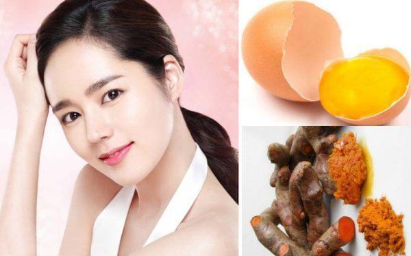 Cách làm mặt nạ trị mụn bằng nghệ tươi và trứng gà
