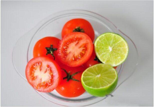Cà chua với chanh - công thức trị thâm tuyệt vời