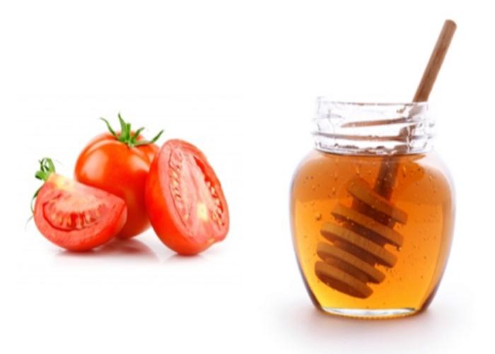 Cà chua với mật ong giúp làn da trắng sáng hơn