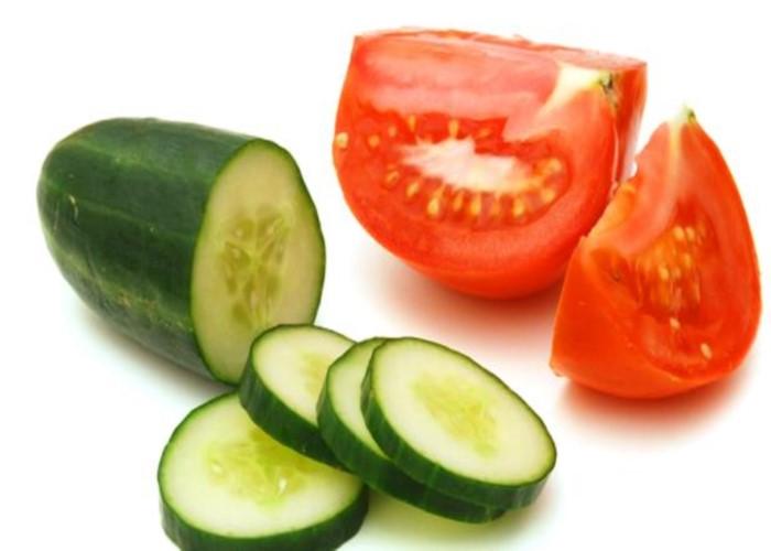 Mặt nạ trị thâm cà chua với dưa leo